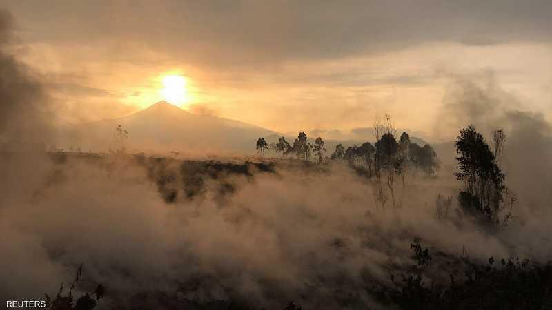 مشهد في الصباح لمنطقة بركان نييراغونغو