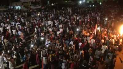 بسبب الكهرباء.. آلاف الطلاب في السودان يواجهون شبح الرسوب