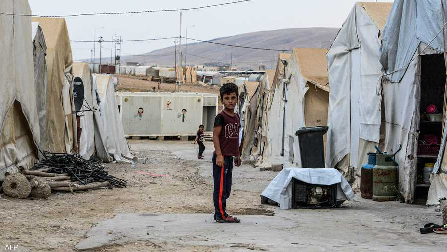 يعيش النازحون الإيزيديون في مخيم شاريا بكردستان