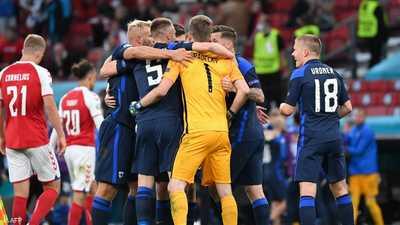 بأول ظهور في بطولة أوروبا.. فنلندا تهز شباك الدنمارك وتفوز