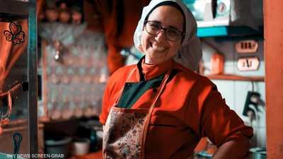 """""""ماما دهب"""" تشعل مواقع التواصل في مصر.. ما قصتها؟"""