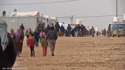 اللاجئون بين فكي كورونا وشح المساعدات الإنسانية