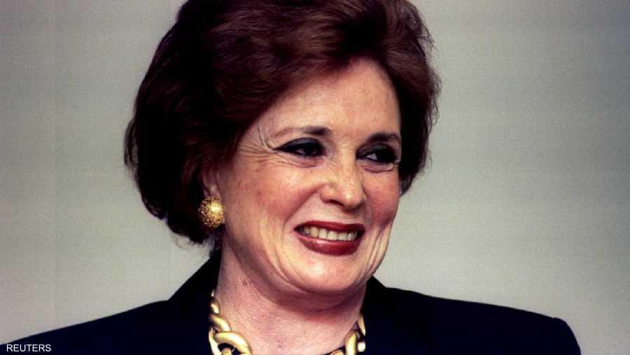جيهان السادات من مواليد عام 1933 لأب مصري وأم بريطانية.