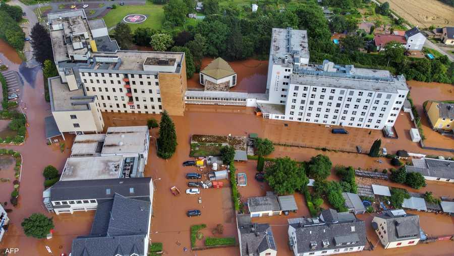 غمرت مياه الفيضانات مناطق بأكملها في ألمانيا