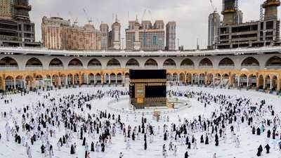 السعودية.. الإعلان عن موعد بدء استقبال طلبات العمرة