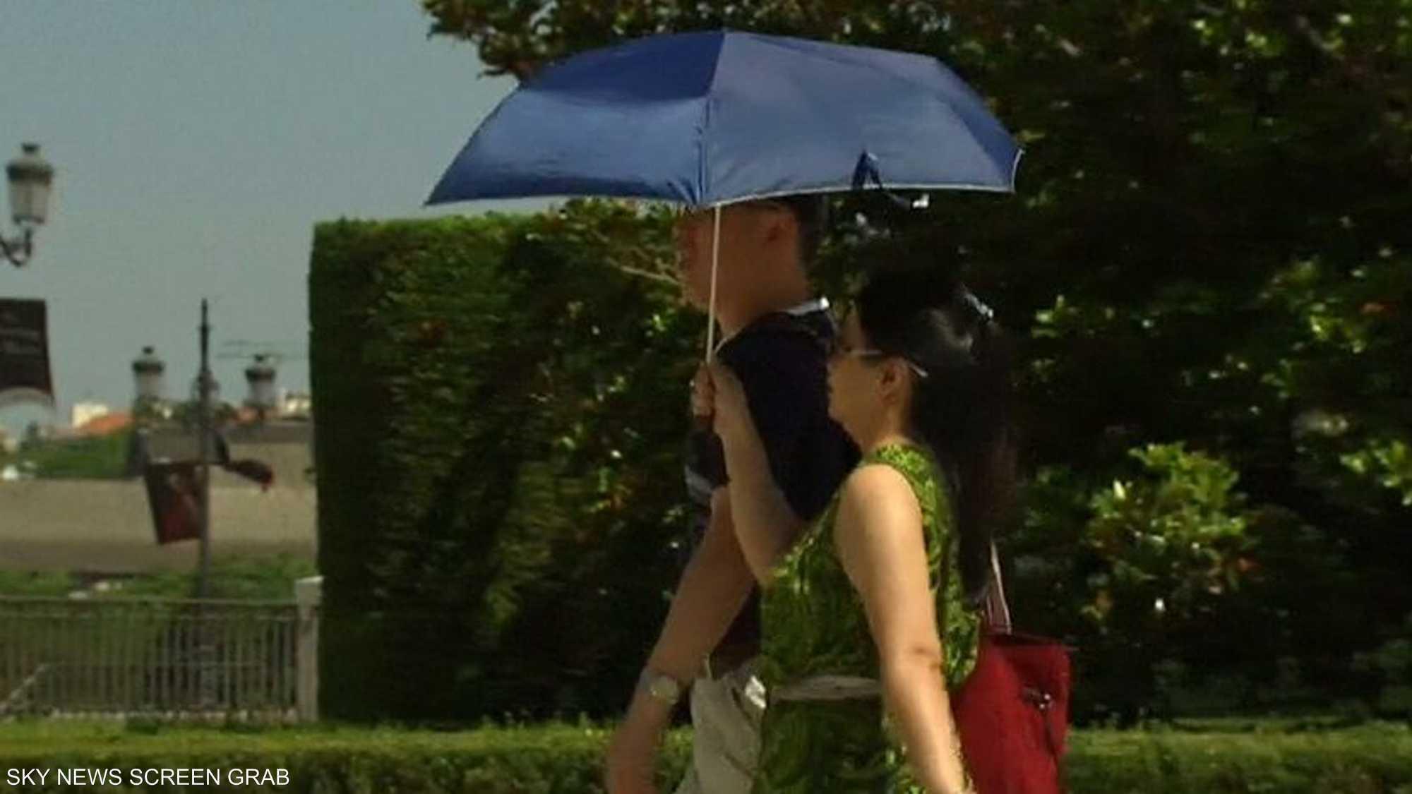 أطباء يحذرون من إهمال ترطيب الجسم خلال الصيف