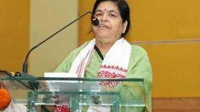 """وزيرة هندية تحدد """"ثمنا"""" لالتقاط السيلفي معها"""