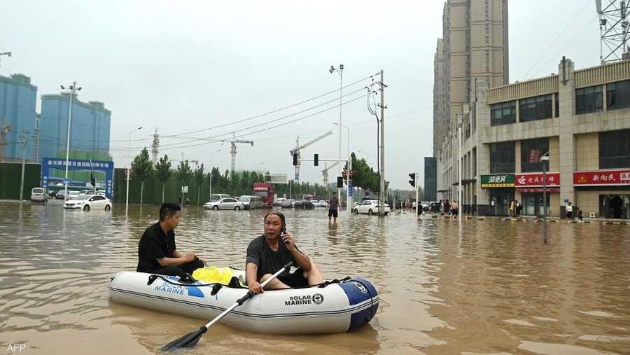 ارتفع عدد ضحايا الفيضانات الكارثية في مدينة تشنغتشو بوسط الصين إلى 51 قتيلا.