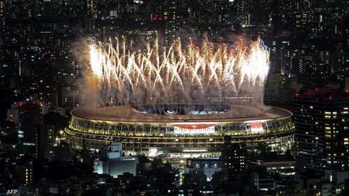 ألعاب نارية زينت استاد طوكيو الأولمبي