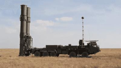 """""""تصطاد أهدافا في الفضاء"""".. ما مواصفات """"إس 500"""" الروسية؟"""