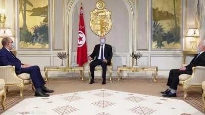 اعتمد عليها قيس سعيد.. تعرف على المادة 80 من دستور تونس