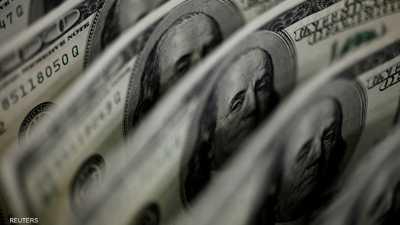 الدولار يسجل أعلى مستوى في أكثر من 4 أشهر مقابل اليورو