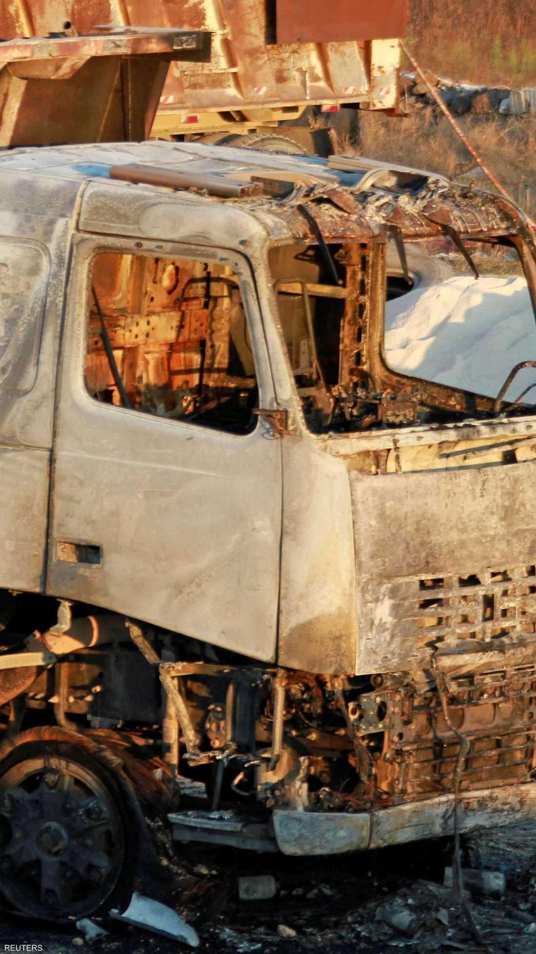 شاحنة محترقة بعد انفجار عكار