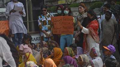 """باكستان تحقق في الفيديو """"المرعب"""".. والبحث عن مئات المتحرشين"""