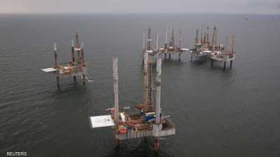 النفط يصعد بعد اجتياح الإعصار منطقة إنتاج الخام في لويزيانا