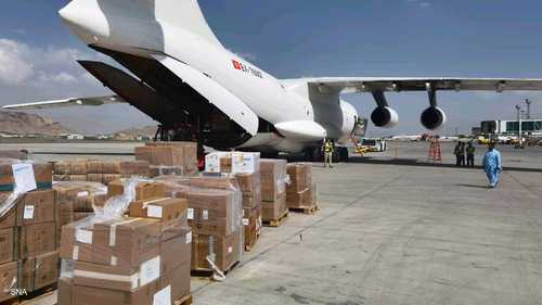 المساعدات الإنسانية الإماراتية في مطار كابل