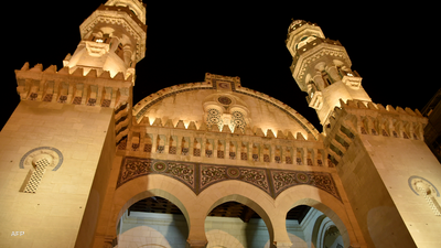 """بعد واقعة """"حرق الإمام"""".. الجزائر تخصص يوما وطنيا للأئمة"""