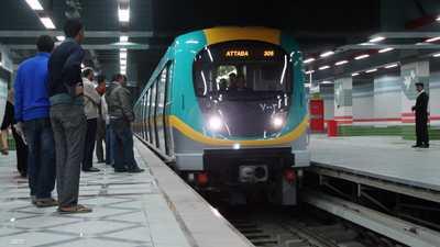 واقعة انتحار جديدة.. مسن يلقي نفسه تحت عجلات مترو القاهرة