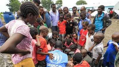 السودان يحتضن ملايين اللاجئين.. وهذه الدولة في الصدارة