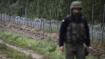 جندي بولندي على الحدود مع بيلاروسيا.