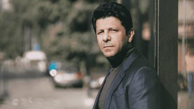 """إياد نصار يتحدث عن آخر أعماله.. ويكشف كواليس """"الباب الأخضر"""""""