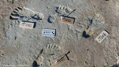 اكتشاف آثار أقدام عمرها 23 ألف سنة.. لمن تعود؟