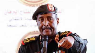 """البرهان يتعهد بـ""""هيكلة"""" الجيش السوداني"""