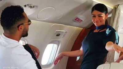 """كشف جنسية """"المضيفتين الراقصتين"""" بطائرة محمد رمضان"""