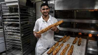 """""""خبز الباغيت"""" رمز فرنسي بأيد تونسية.. كيف حدثت المفارقة؟"""