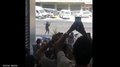 فيديو.. لحظة استهداف مسلح في بيروت كان يستعد لإطلاق قذيفة