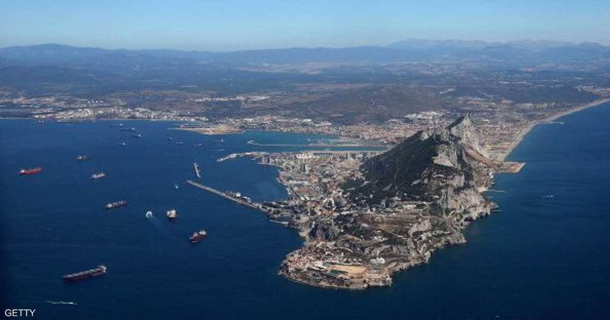 احتجاز سفينة  تنقل النفط إلى سوريا  في جبل طارق   أخبار سكاي نيوز عربية