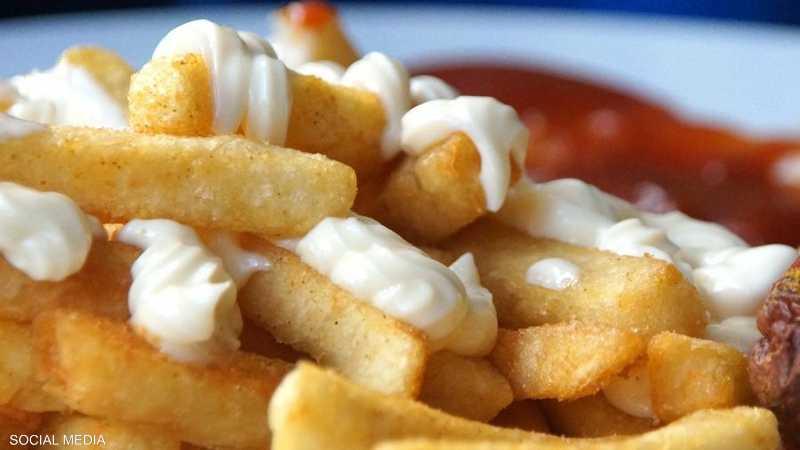 """علماء: """"المايوناز"""" عنصر غذائي ينذر بالكثير من المتاعب الصحية"""