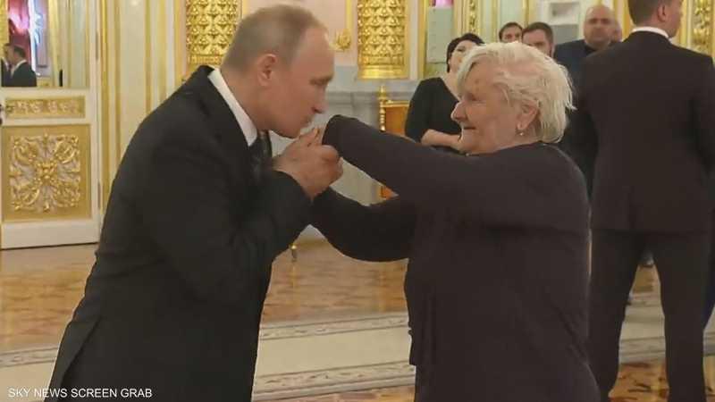 لقاء بوتن بمدرسته