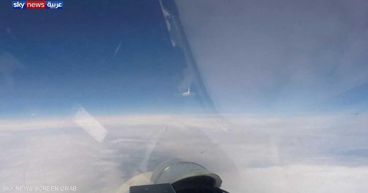 بالفيديو.. مقاتلة روسية تعترض طائرتين أميركية وسويدية
