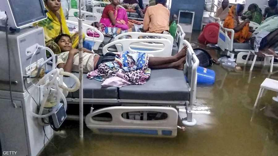 السلطات تركز على عمليات الإنقاذ في المناطق المتضررة