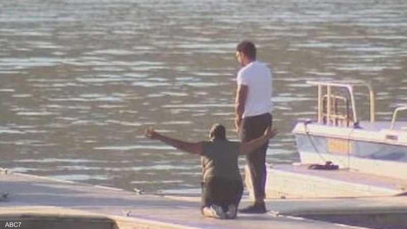 والدة نايا ركعت ورصرخت على ضفاف بحيرة اختفت فيها ابنتها