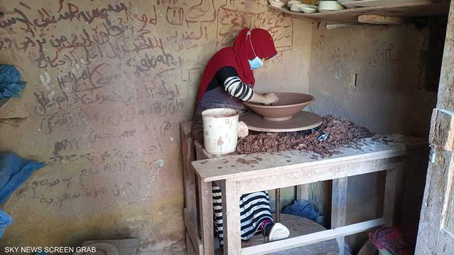 تعد هذه المدرسة مصدر الخزف والإبداع المصري الأصيل
