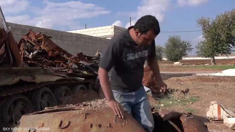 صناعة تمثال المقاتل الكردي استغرقت 8 أشهر كاملة من العمل