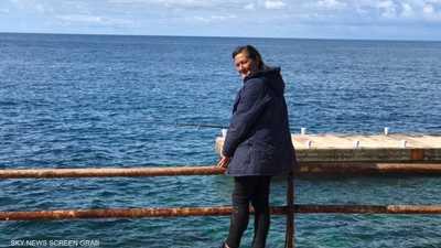 فيديو.. قصة صيادة سمك في بيروت كسبت محبة الصغار والكبار