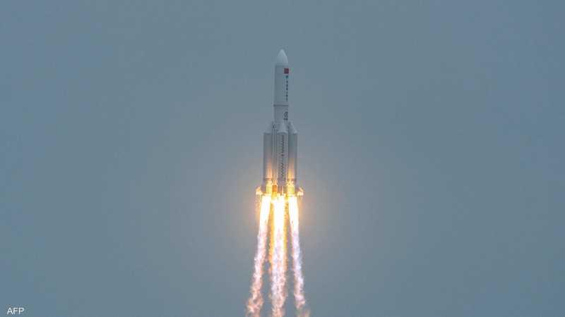 يبلغ طول الصاروخ نحو 30 مترا