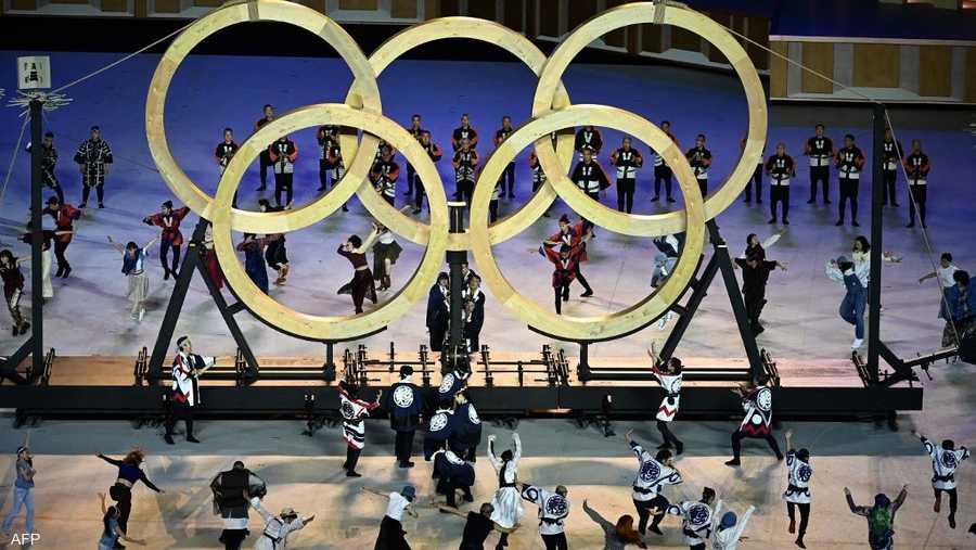 الحلقات الأولمبية خلال الافتتاح